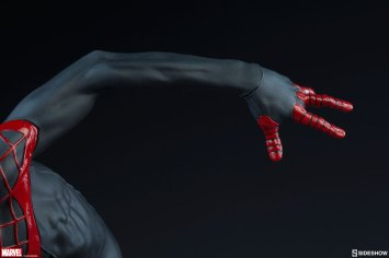 marvel-spider-man-miles-morales-premium-format-figure-sideshow-300554-17