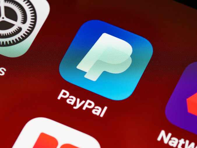 the paypal logo