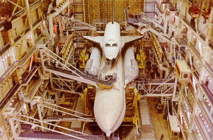 Buran Under Construction.