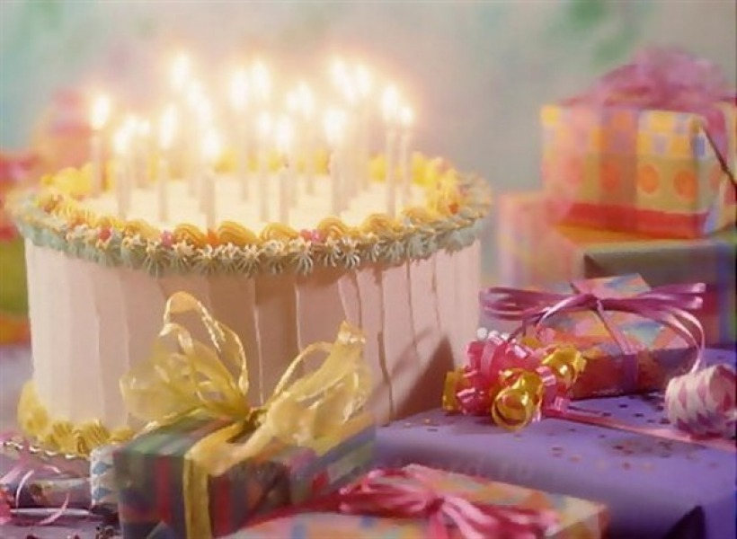How Do Russians Celebrate Birthdays?