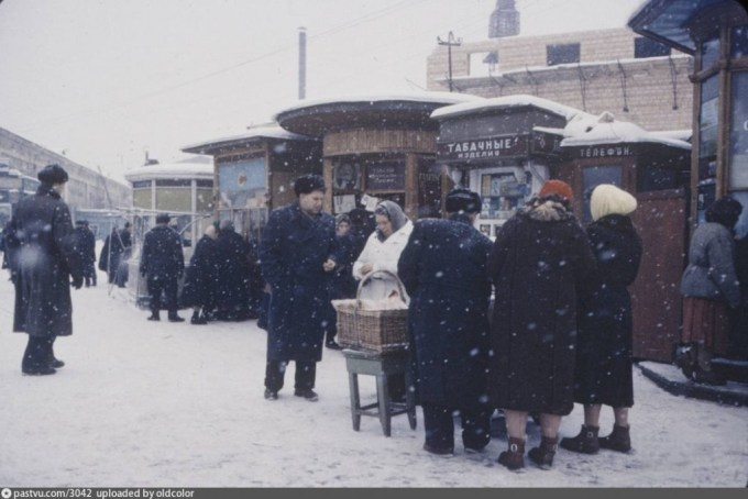 Yaroslavskaya railway station kiosks, 1959