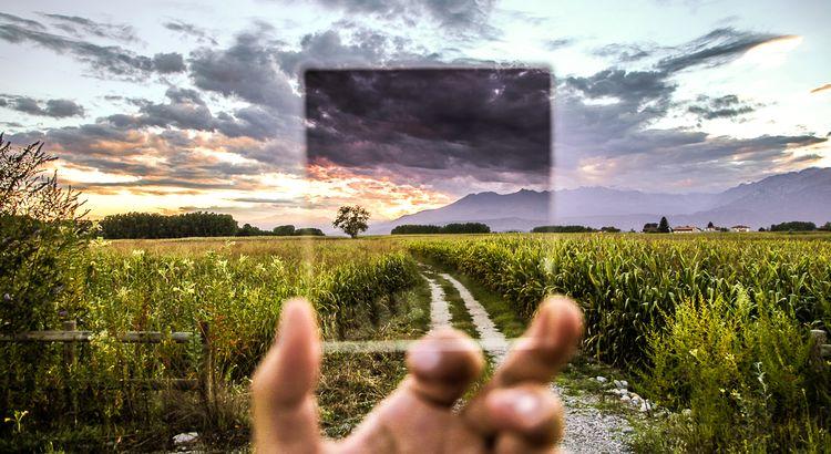 führen. Sei selbst das Licht, welchesdich führt. Lies, erfahre und vor allem sei du selbst. - Esragül Schönast