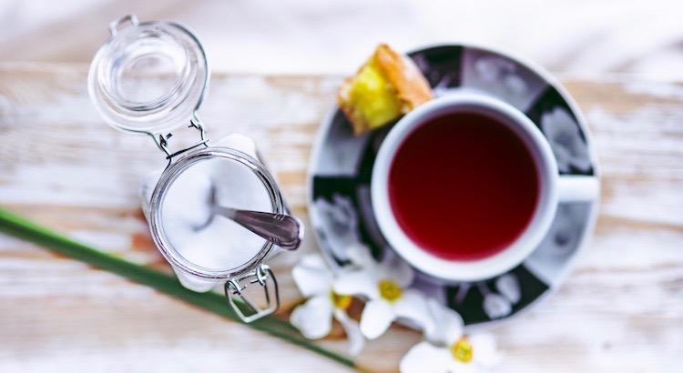 Hoffnung ist wie der Zucker im Tee: Auch wenn sie klein ist, versüßt sie alles. - Chinesische Weisheit