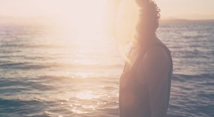 Wichtig für das Selbstbewusstsein ist vor allem, dass man sich für ein Gesicht entscheidet. - Esragül Schönast