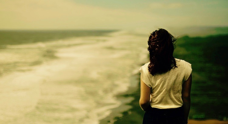 """""""Veränderung kann schmerzhaft sein, aber nichts schmerzt auf Dauer mehr, als dort zu bleiben, wo du nicht hingehörst."""" - Unbekannt"""