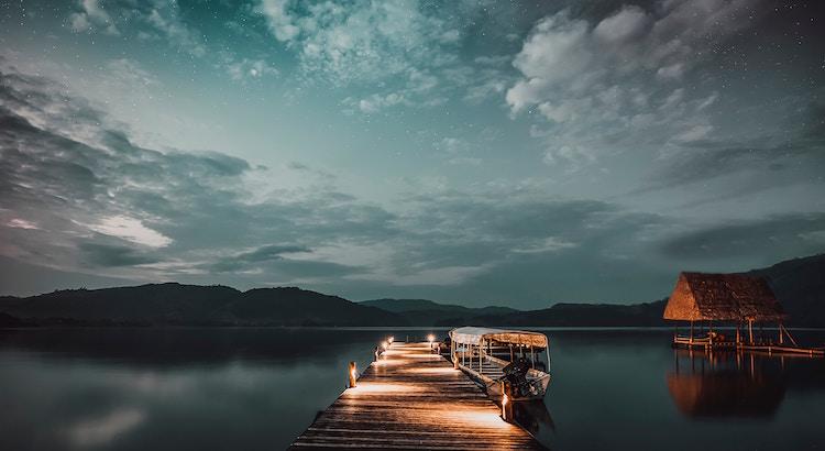 Es kommt eine Zeit, da steigst du aus dem ganzen Drama aus und trennst dich von all den Leuten, die Chaos in deinem Leben verursachen. Das ist der Beginn deiner neuen Zukunft. -Steve Santana
