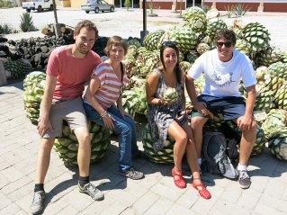 Nach der Tequila-Tour in Valladolid nun auch Mezcal-Tour mit Ben und Sera – wir erkennen da ein Muster ;)