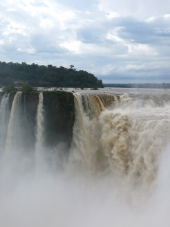 iguazu_argentinia_devil_up_03