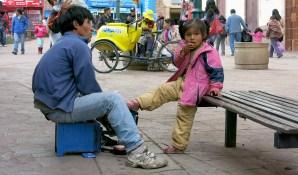 Bei Jung und Alt stehen saubere Schuhe hoch im Kurs