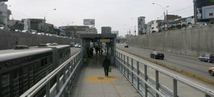 Das praktische System der Metropolitano Busse