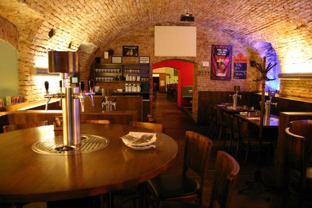 Mamut Brewery Bar