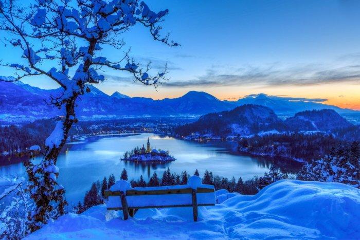 Озеро Блед зимой