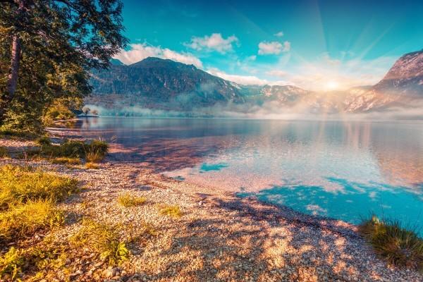 Озеро Бохинь рядом с горнолыжным курортом Вогель Словения