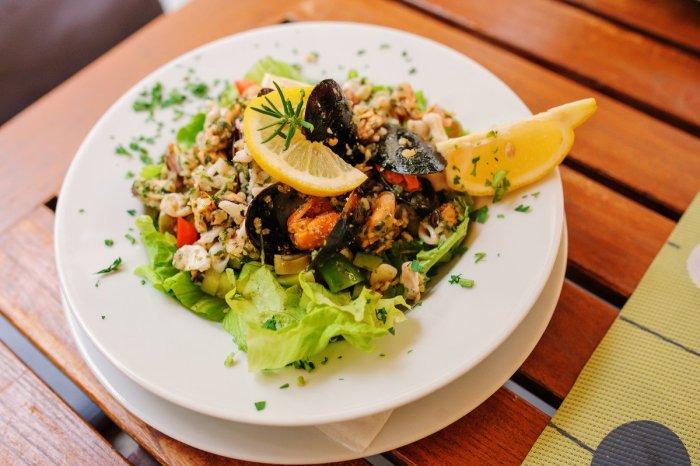 Морская кухня в ресторане города Пиран Словения