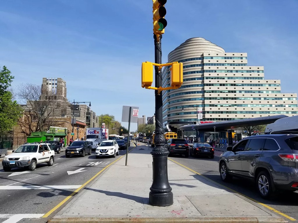 Now That Cars are Banned on Manhattan's 14th Street, Will Fordham Road in The Bronx Be Next? - Welcome2TheBronx™