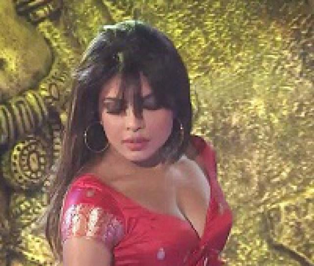 Priyanka Chopra Navel Show Hot Tempting Sexy Hot As Hell Naughty Welcomenri