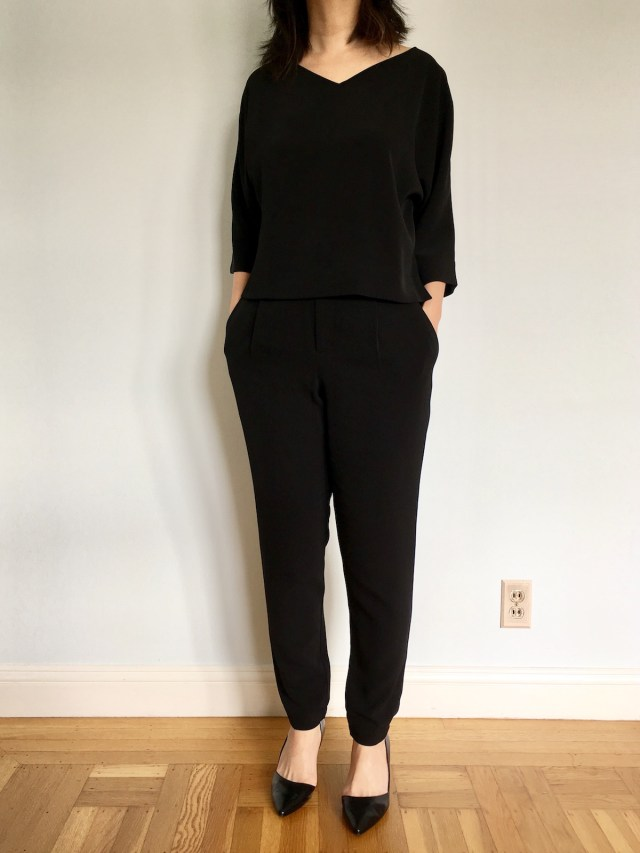 Uniqlo 2017 drape collection jogger pants outfit as modeled by me, with black heels.