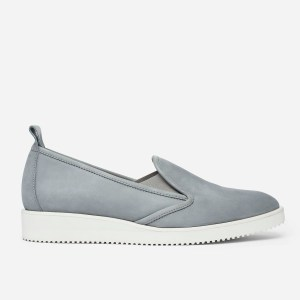 Everlane nubuck street shoe. Gray with a white sole.