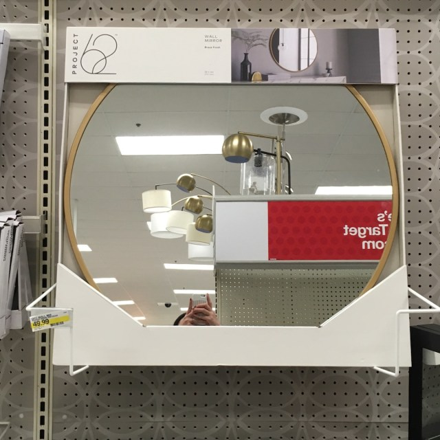 Circle brass mirror