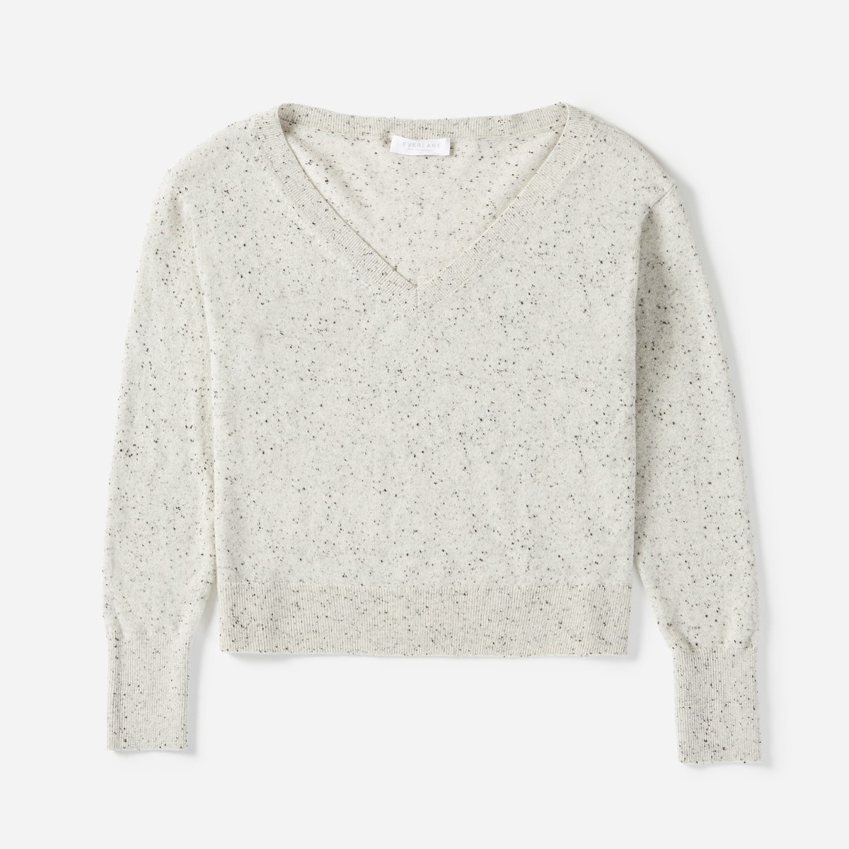 A Review of Everlane's Cashmere Crop V-Neck Sweater