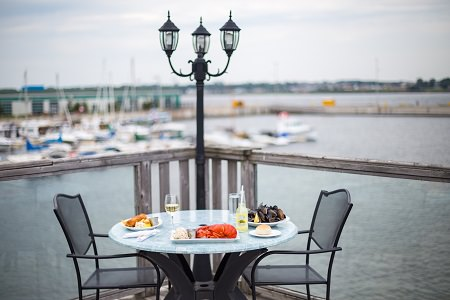 Dining - Lobster on the Wharf