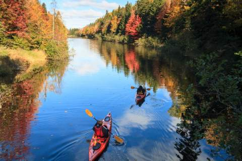 Photo by Stephen DesRoches ©Tourism PEI, Autumn Kayak