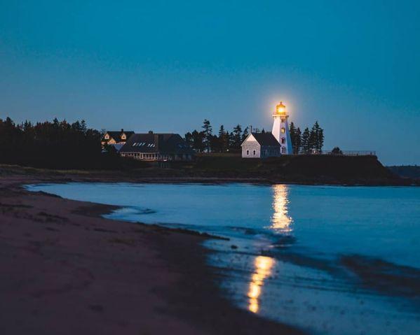 Panmure Island Lighthouse | Photo by Karthic Ravi
