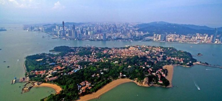 Xiamen Travel Guide inc. Gulangyu Island and Top Attractions