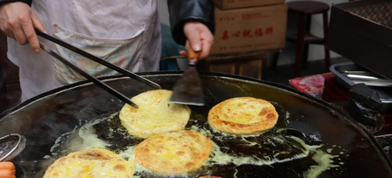 An intro to Traditional Chinese Breads inc. Bing and Mantou