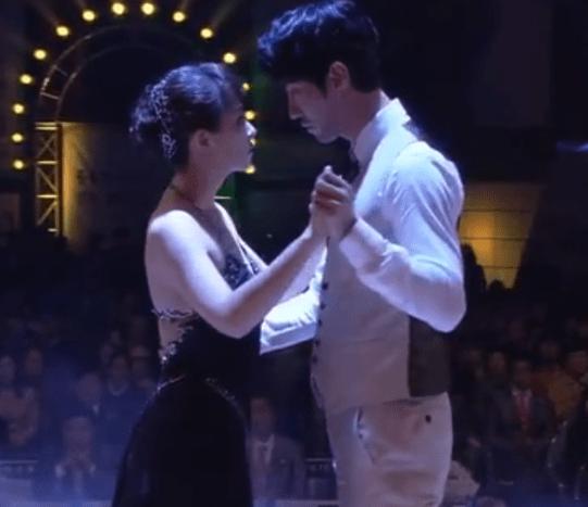 Cha Seung-Won and Kim Sun-Ah dancing the Tango in City Hall