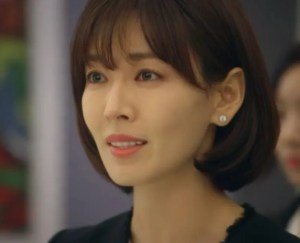 Kim Seo-Yeon as Kim Soon-Jung in Falling in love with Soon-Jung