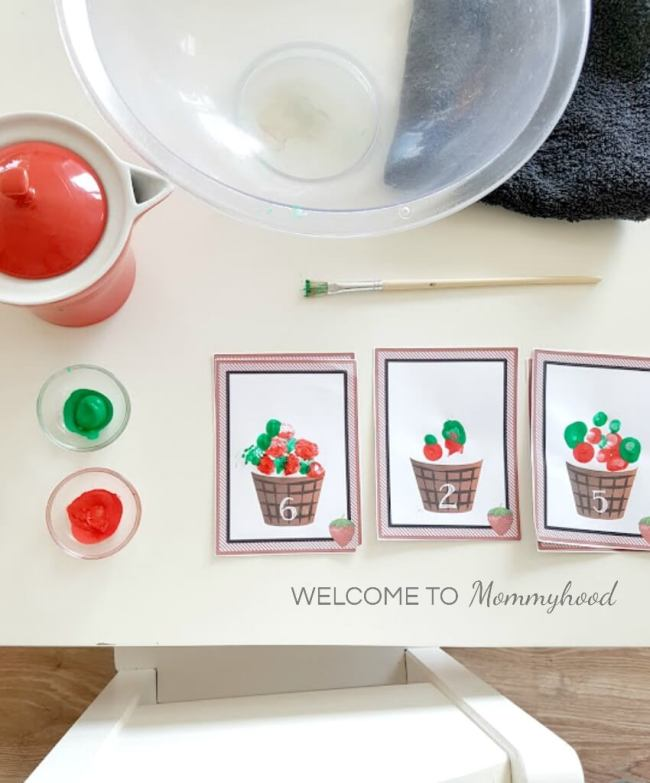 Painting for toddlers: Strawberry basket number printables #paintingfortoddlers #toddlerart