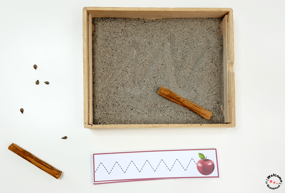 Use these Apple Tracing Strips to practice pre-writing skills with your students. Perfect for a Montessori classroom or preschool. These are great for fine motor skills and can be used as scissor strips or tracing strips. #montessori #preschoolactivities