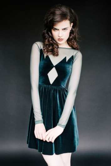 90s Fashion Revival Emerald Green Velvet Dress