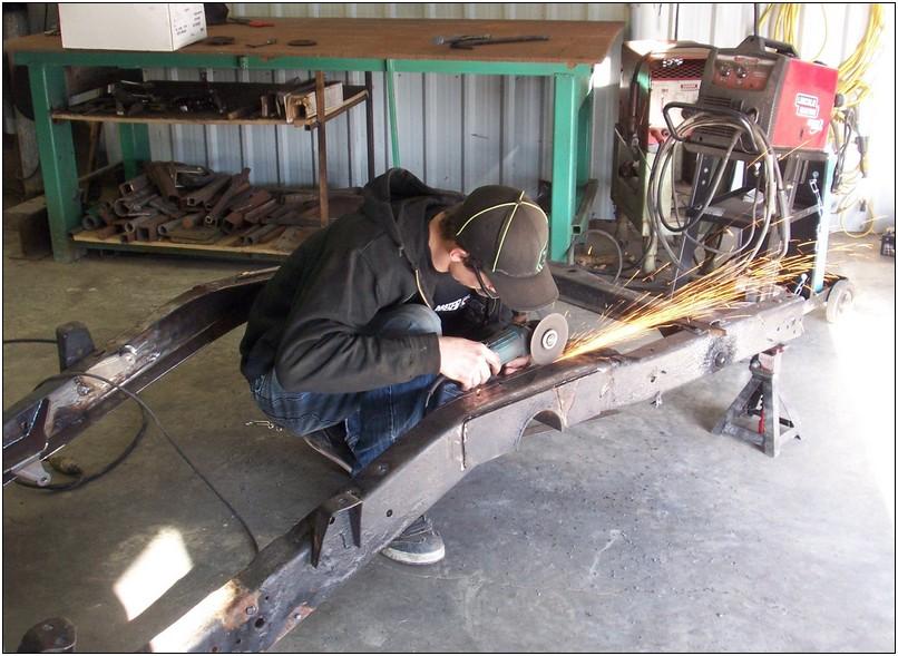 Installing a rear step notch kit | Welder Series Inc