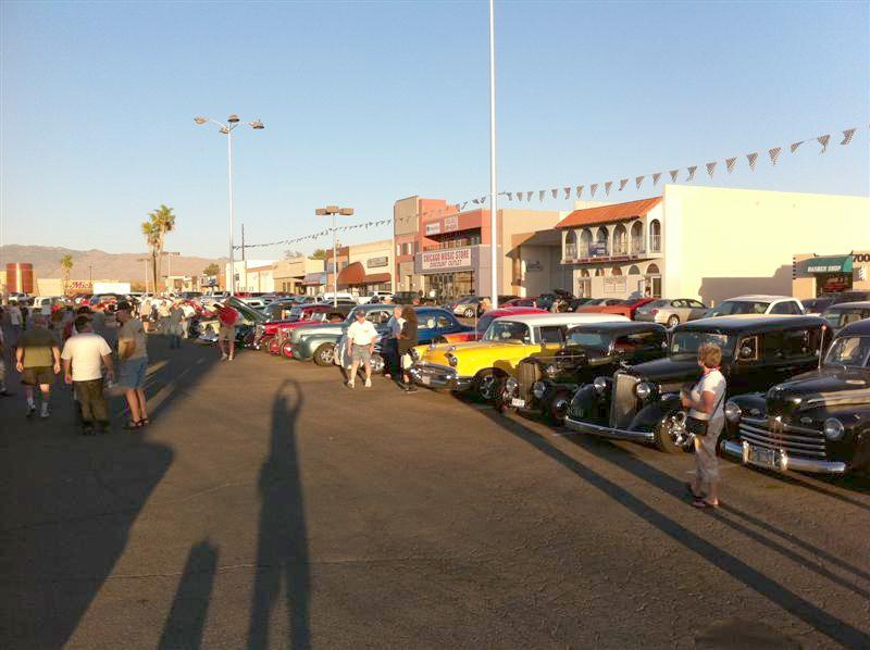 A shot of a small number of the cars present. Paul is tall & slim but the shadow really stretches him out. It even helped me!