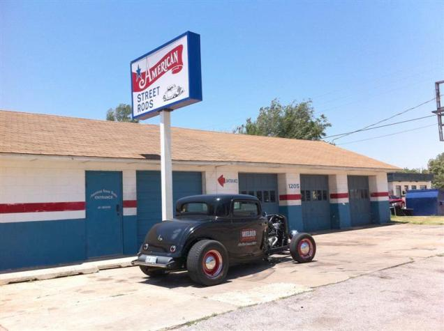 Going to try to visit some shops on our way home. We arrived here at American Street Rods in Oklahoma City at 1:17. They work from 5:00 AM to 1:00 PM due to the heat. We knew that ahead of time, but thought maybe we could make it - did not.