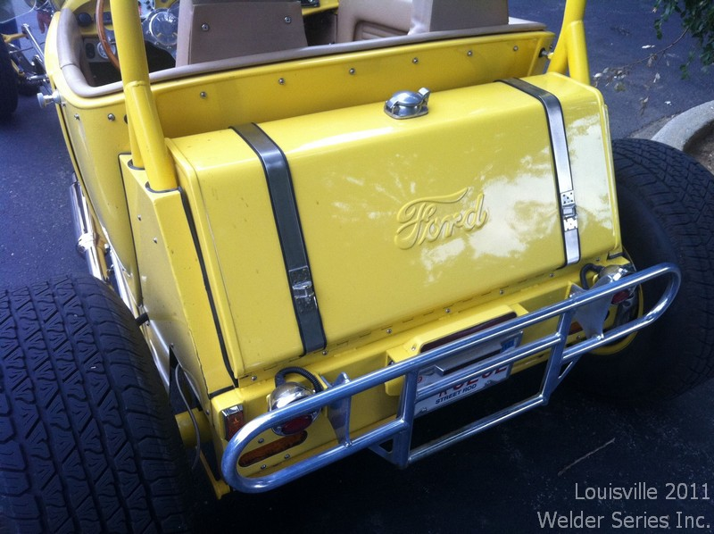 Check out the trunk -er- tank :)