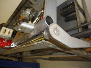The sway bar is insulated from the outer tube with urethane bushings.