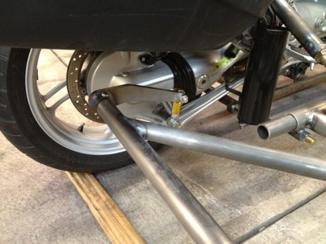 Motorcycle sway bar 05