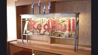 corp-redbull-table