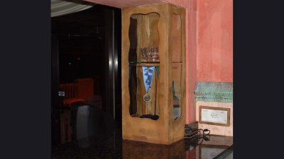 Cabinet w/ glass for awards