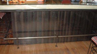 Cubanitas 1 - Bar & Footrail