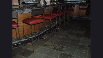 seat-stools-osteria