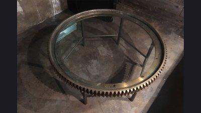 table-brass-gear4
