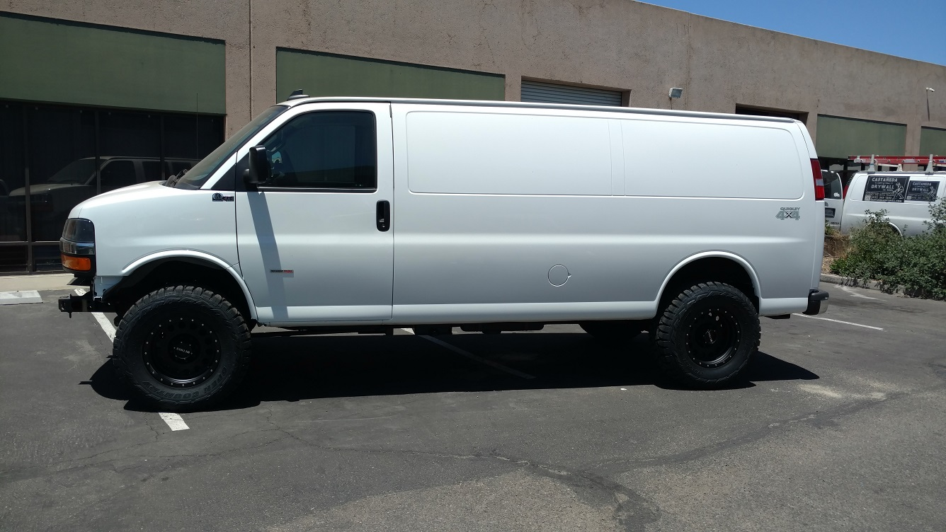 hight resolution of lifted chevy van on 35