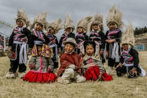 children with traditional clothing in Peru