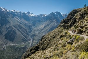 hiken in the colca canyon