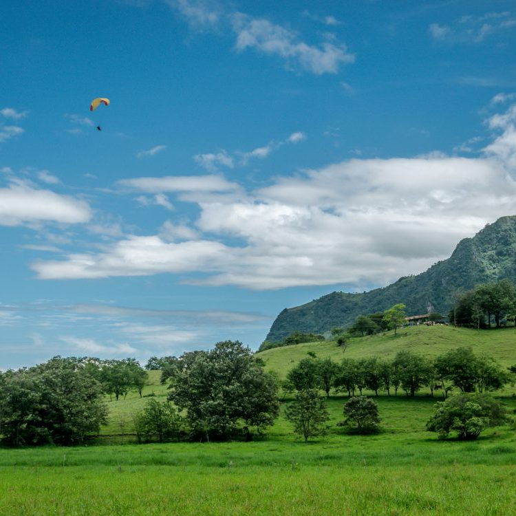 Paragliden in Jericó with Ecoland Jerico