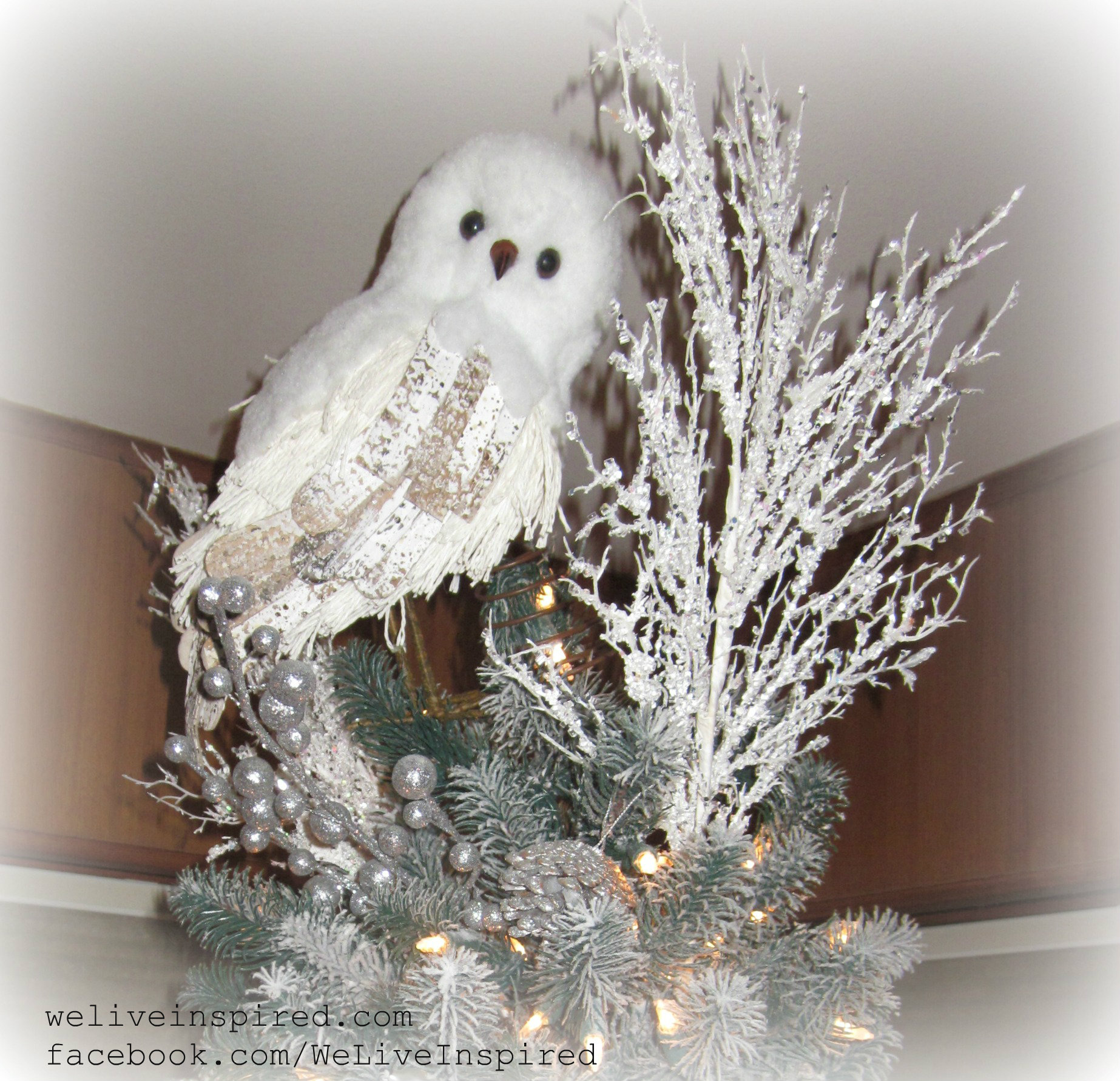 Sophisticated Christmas Tree: Classy Christmas Decor-My Snowy Owl Tree Topper